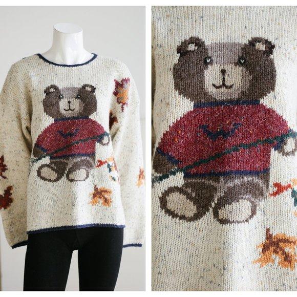 Vintage Woolrich Bear Motif Wool Blend Sweater